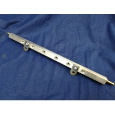Triumph GT6/TR6 Billet -6an Fuel rail